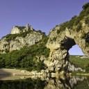 ©Simon Bugnon -adt07-Vallon -  le Pont d'Arc vu de l'aval