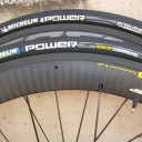 pneu-michelin-power-2475