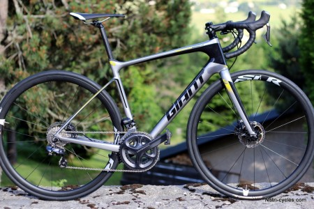 5848c5f1db8 Giant Defy Advanced Pro 1 : Un repère pour l'endurance