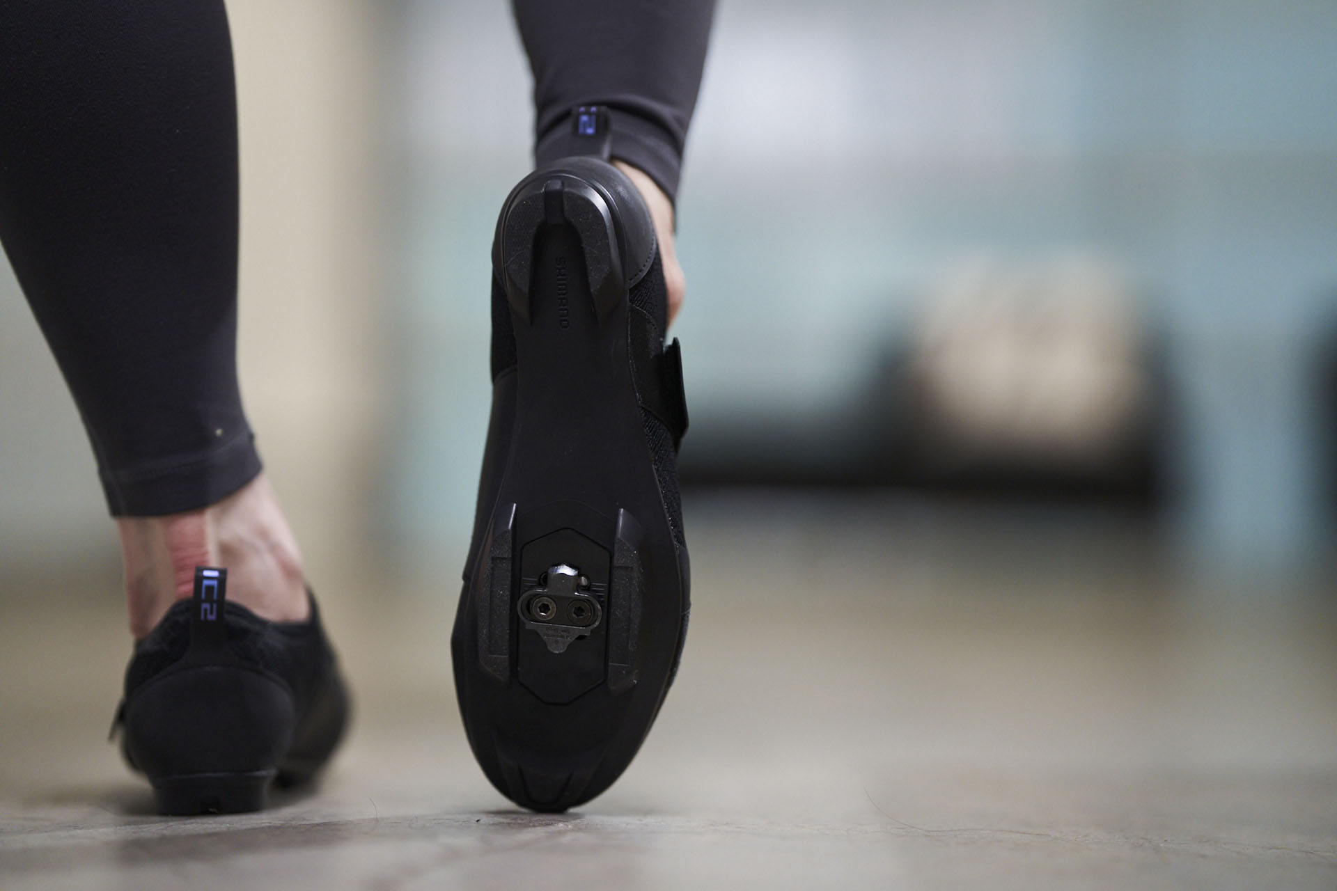 chaussures-velo-shimano-indorr-210306-0010.jpg