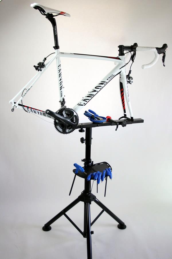 Montage dérailleur arrière de vélo