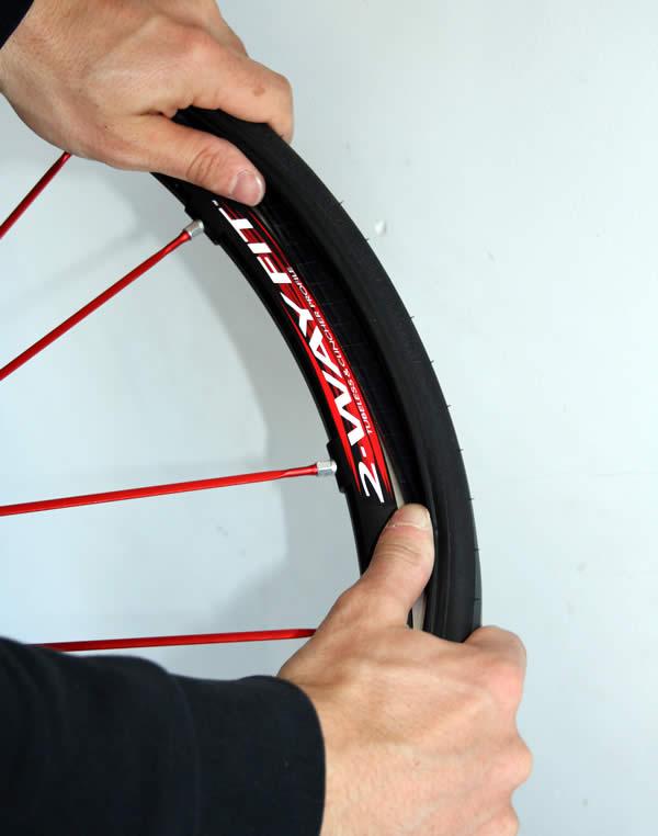 Montage pneu tubeless