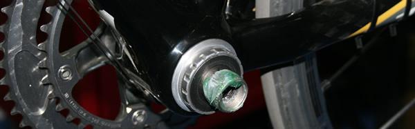 Montage boitier de pédalier torque et pédalier Shimano Dura-Ace