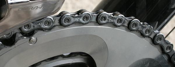 Nettoyage de la chaîne de vélo