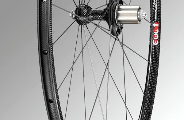 Comment choisir des roues de vélo pour la montagne ?